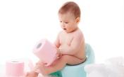 Bé sơ sinh 1 tháng tuổi bị táo bón, mẹ hãy bình tĩnh làm theo cách này