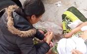 Nghệ An: Sản phụ không kịp đến trung tâm y tế, sinh con ngay vệ đường