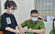 Hà Nội: Công an xuyên đêm làm căn cước công dân có gắn chip