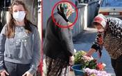 """Cặm cụi bán hoa ở nghĩa trang cóp từng đồng bạc lẻ để nuôi con gái đi du học nước ngoài, mẹ """"chết lặng"""" khi biết sự thật chua xót"""