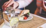 Lý do người Nhật ít uống nước khi ăn