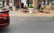 Một người chết, 1 người bị thương trước cổng UBND huyện