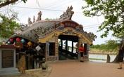 Ảnh: Cận cảnh cầu ngói hàng trăm năm tuổi ở Thừa Thiên - Huế sau thời gian tu bổ