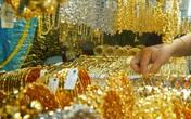 Giá vàng hôm nay 1/4: Bất ngờ hồi phục nhưng người mua vàng vẫn lỗ nặng