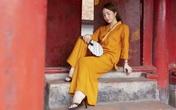 Quỳnh Nga dịu dàng trong trang phục làm từ vải đũi