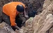 Sự thật chuyện công nhân đào đường ở Hà Nội phát hiện một người đàn ông dưới lòng đất