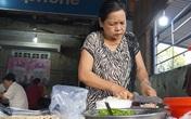 Quán cháo giò lạ lùng: Ngày bán 2 tiếng, khách xếp hàng chờ mua