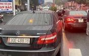 Vụ 2 xe Mercedes trùng biển số: Bóc gỡ đường dây làm giấy tờ giả