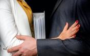 Nhân viên ngân hàng kiệt sức, bị bắt nạt và quấy rối