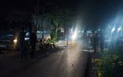 Kinh hãi xe máy lao thẳng đuôi xe tải, 2 người văng ra và tử vong