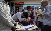 """Ấn Độ biến thành """"địa ngục trần gian"""" vì COVID-19 tấn công dữ dội"""