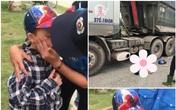 Xót xa cảnh tượng cậu bé 8 tuổi òa khóc nức nở khi chứng kiến mẹ và chị gái tử vong dưới gầm xe tải