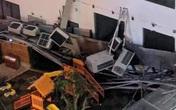 Hà Nội: Cả giàn điều hòa tại chung cư An Bình bất ngờ đổ sập xuống sát khu vui chơi trẻ em