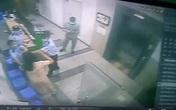 TP.HCM: Bị nhắc nhở đeo khẩu trang, 1 phụ nữ hành hung bảo vệ chung cư