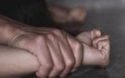 Khới tố đối tượng hiếp dâm con đẻ