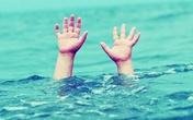 3 trẻ nhỏ đuối nước thương tâm dưới hồ cá