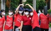 """Xúc động hình ảnh sinh viên Đại học Y Hà Nội """"xuất trận"""" chi viện Bắc Ninh"""