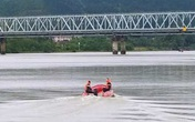 Nghệ An: Tìm thấy thi thể người đàn ông nghi nhảy cầu Bến Thủy tự tử
