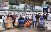 """Hình ảnh 13 y bác sĩ tinh nhuệ của Bệnh viện Chợ Rẫy lên đường đến """"điểm nóng"""" Bắc Giang"""