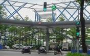 Thích thú với cây cầu vượt sang đường hình chữ Y, độc lạ nhất Hà Nội