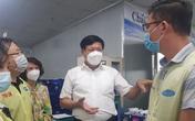 """Thứ trưởng Bộ Y tế liên tục """"truy bài"""" khi kiểm tra thực tế phòng chống dịch ở Thái Nguyên"""