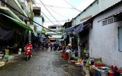 Tiểu thương chợ tự phát ở Sài Gòn vội vã chạy hàng khi bị kiểm tra xử lý