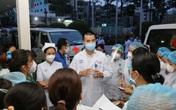Hàng trăm nhân viên BV Chợ Rẫy khẩn cấp tham gia xét nghiệm COVID-19 cho người dân TP.HCM