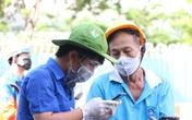 TP.HCM: Người dân ngỡ ngàng vì phải khai báo y tế online ở chốt kiểm soát dịch quận Gò Vấp