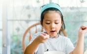 Bật mí nguyên nhân khiến bé hay uể oải vào buổi sáng và tips để mẹ thổi bùng năng lượng cho con