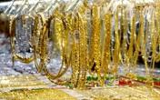 Giá vàng hôm nay 12/7: Tiếp tục tăng, chuyên gia dự báo sẽ còn tăng nữa