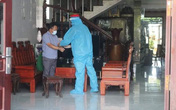 Tạm giam chủ xe khách chở hàng chục người từ TPHCM đi các tỉnh, nhiều người dương tính SARS-CoV-2