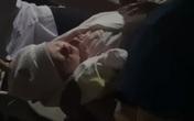 Hưng Yên: Phát hiện bé gái 2,9kg bị bỏ rơi trước cổng miếu làng