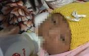 Bé gái sơ sinh bị bỏ trước hiên nhà dân