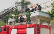 Nghệ An: Giải cứu người đàn ông định nhảy lầu tự tử tại bệnh viện