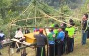 Phá bỏ thành trì hủ tục trong tang ma của đồng bào người Mông