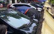Cận cảnh vụ tường đổ sập gây hư hỏng hơn 10 chiếc xe ô tô tại Hà Nội