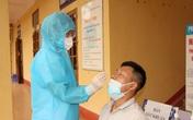TIN VUI: Bệnh nhân mắc COVID-19 cuối cùng được điều trị ở Hải Dương đã xuất viện