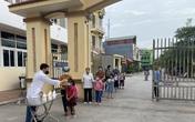 Bắc Giang: Học sinh lớp 1 hào hứng với tiết học đầu tiên