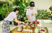 Đăng ảnh làm cơm cúng giỗ bố ở nhà, vợ chồng Khánh Thi để lộ vườn cây cảnh đắt đỏ cực thích mắt