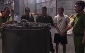 Quảng Ninh: Triệt phá đường dây buôn lậu quặng, ngụy trang thành giấy cuộn để xuất sang Trung Quốc