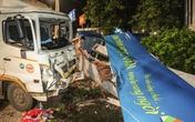 Hai ôtô tải tông nhau, 4 người gặp nạn
