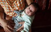 Hạnh phúc muộn của cặp vợ chồng có 2 con tử vong vì tai nạn được nhận nuôi bé gái bị bỏ rơi