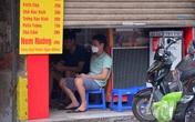 Hà Nội: Các chủ cửa hàng ăn uống than trời vì khó kinh doanh khi được mở bán mang về