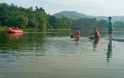 Lật nhà bè, 2 người tại Thanh Hóa đuối nước thương tâm