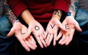 Ta yêu nhau vừa đủ thôi anh nhé!