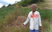 Lạ kỳ cụ ông 108 tuổi sống ẩn dật giữa hàng chục nấm mồ