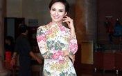 Hoa hậu Ngọc Diễm quyến rũ trong mẫu váy kiêu sa