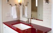 6 cách bài trí phòng tắm ấn tượng với gam màu đỏ