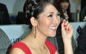 Diva Việt quyến rũ khi diện váy gam đỏ