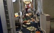 """Máy bay Vietnam Airlines """"rơi tự do"""" hành khách hoảng hồn"""